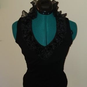 Ladies Sleeveless Ruffled Knit Blouse